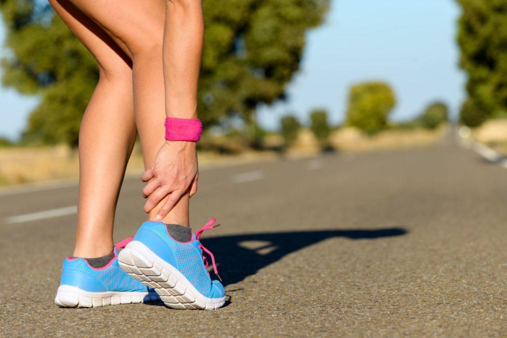 skręcenie kostki u biegacza